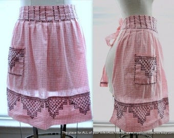 Bintage Hostess Half Apron, Pink and White Checked with Black Cross Stitch, Farmhouse Chic