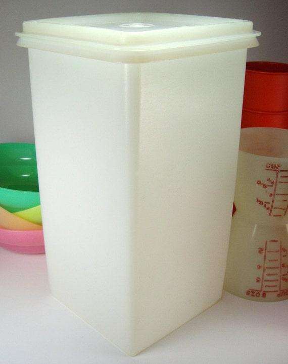 big kitchen storage containers vintage 1960s tupperware large white plastic storage 4629