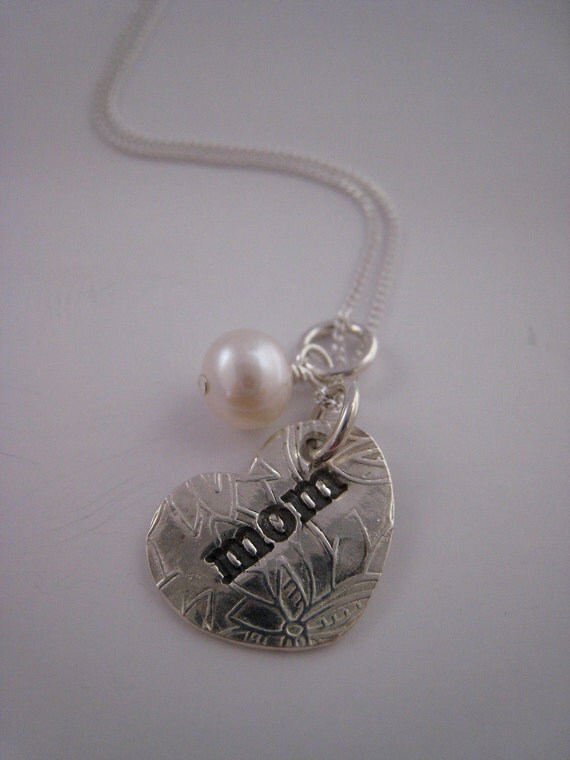 Mom LoveLetter Charm Silver Necklace