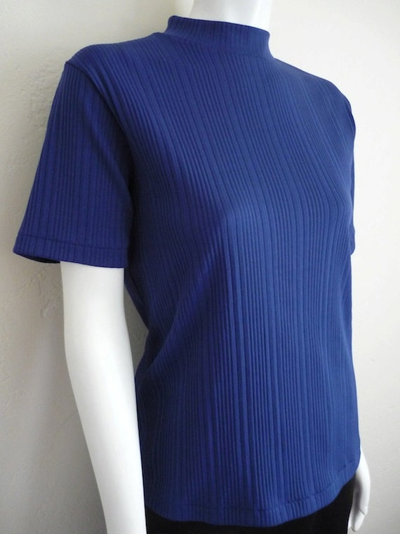 Vintage Apparel Women's 70's Shirt, Blue, Ribbed, Polyester, Short Sleeve (M)