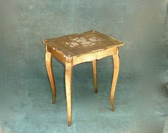 Vintage Italian Florentine Gold Tole Painted Wood Table with Secret Jewelry Music Box Plays O Sole Mio