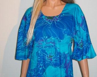 Groovy 70's Summer lounge Dress. Muumuu by Two Potato. Vintage  Hippie.  Size Medium.  Breathtaking Blue print.