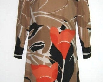 Beautiful art print A line dress.  1960's.  Made in Italy.  Size 10.