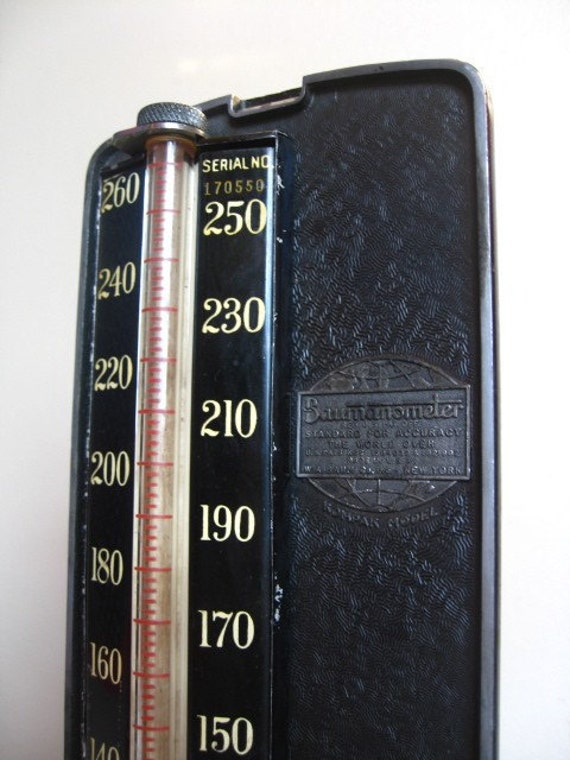 Vintage Baumanometer by W.A. Baum Co. Inc