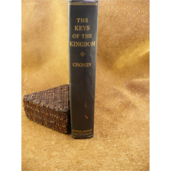 an analysis of fr chisolm character in the keys of the kingdom by a j cronin The keys of the kingdom by a j cronin – book review  francis chisolm had to  live a very hard life ever since his parents'  keys of the kingdom is all about the  life of father francis especially during his 35 years in china.
