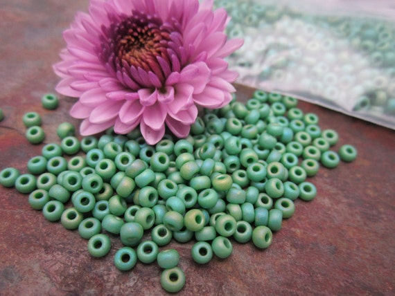8/0 Turquoise Green AB  Miyuki Seed Beads
