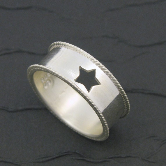 super star solid sterling silver band ring. silver super hero ring. silver star ring. old west ring. western star. size 8.25