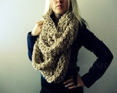 Chunky Knit Scarf, Infinity Scarf, Oversized Scarf, Extra Long Scarf, Circle Scarf, Beige, Bulky Scarf, Infinity Scarf, Thick Knit