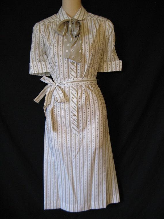 dash and dots pussy bow dress. 1970's stripe ascot secretary. medium. new old stock.