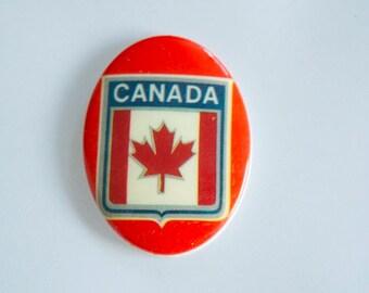 4 Vintage 1970s Canadian Flag Cabochons