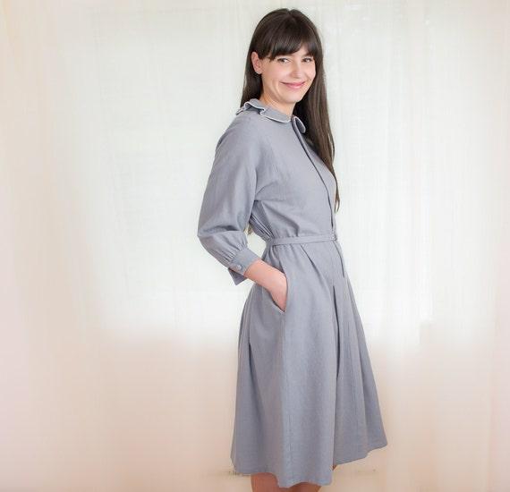 Vintage Grey Wool Dress with Pockets - Ruffle Collar Dress - S