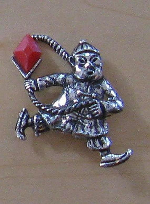 Oriental Man Figural Brooch/Pin (B-1-3)