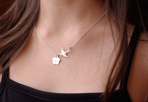 Flying Swallow Personalized Initial Necklace, Initial Bird Necklace, Flower Necklace, Bird Jewelry, Custom Monogram Necklace,Birthday Gift