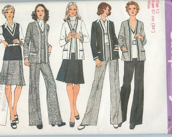 70's Cardigan Jacket, Top, Skirt and Pants Sewing Pattern - Simplicity 6114 - Size 12 Bust 34 - Clothes Pattern - 1970s Clothes Pattern