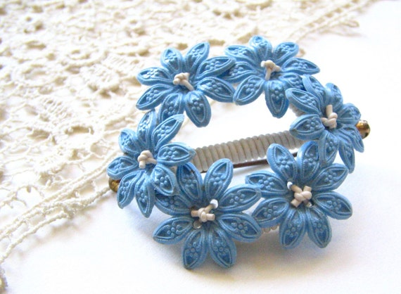 Vintage Flower Brooch/Pin