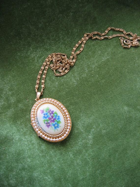 Vintage 1970's, Pendant Necklace.  Double Locket. Sweet Violets, 1973. Avon