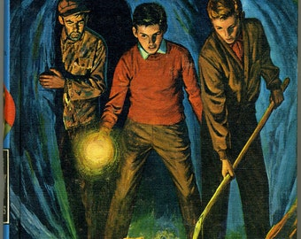 1963 Hardy Boys Hunting for Hidden Gold Mystery Book