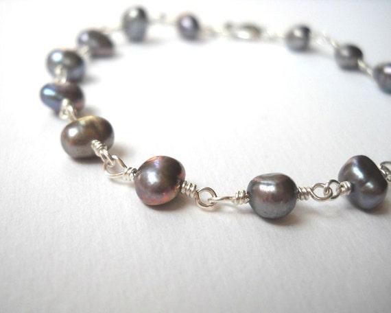 Peackock Pearl Bracelet - Sterling Silver Dark Gray Beaded Rosary Bracelet Beadwork Bracelet