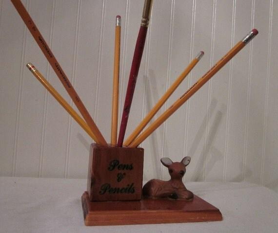 vintage Atomic DEER Pens & Pencils Holder, York Beach Maine Souvenier. Kitschy desk decor