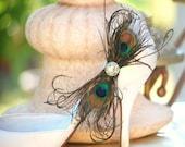 Wedding Shoe Clips. Peacock Feathered Bow. Bride Bridal Bridesmaid, Elegant Trendy Feathers, Teal Emerald Green Metallic Rhinestone or Pearl