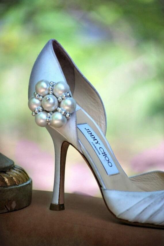 Wedding Pearls & Silver Flower Shoe Clips. Statement Feminine Fashion, Handmade Couture Bridesmaid, Bridal Shower Gift. Hot Elegant Holidays