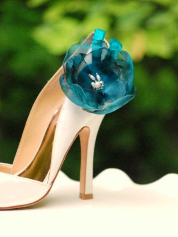 Bride Teal Shoe Clips. White Ivory Blue Red Organza Flowers. Etsy bride bridal, couture elegant fabulous, chic rockabilly, dainty wedding