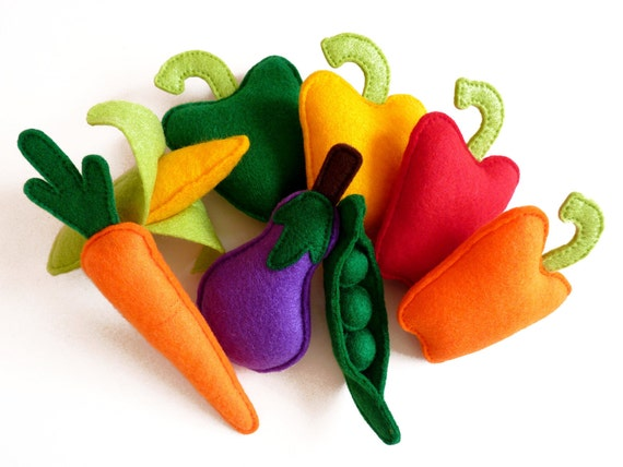 Felt Fruit and Vegetables Plush Play Set - Toy Play Food for Children (Set of 18) - Christmas Gift Idea for Kids