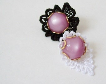 Vintage Lace Bauble Pin in Purple and Black or Purple and White