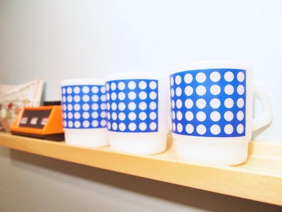 vintage Milk Glass Mugs, Blue Dots, Termocrisa set of 3