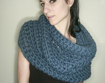 Sale - The Rhinebeck Snood in Blue