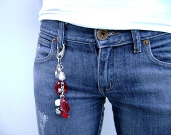 Scarlet Red key purse ring original jean accessory - Magic spell - red etsy fashion urban trendy