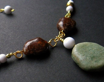 Green Stone Necklace. Brown and Green Necklace. Earth Necklace. Nature Necklace. Beaded Necklace. Handmade Necklace. Handmade Jewelry.