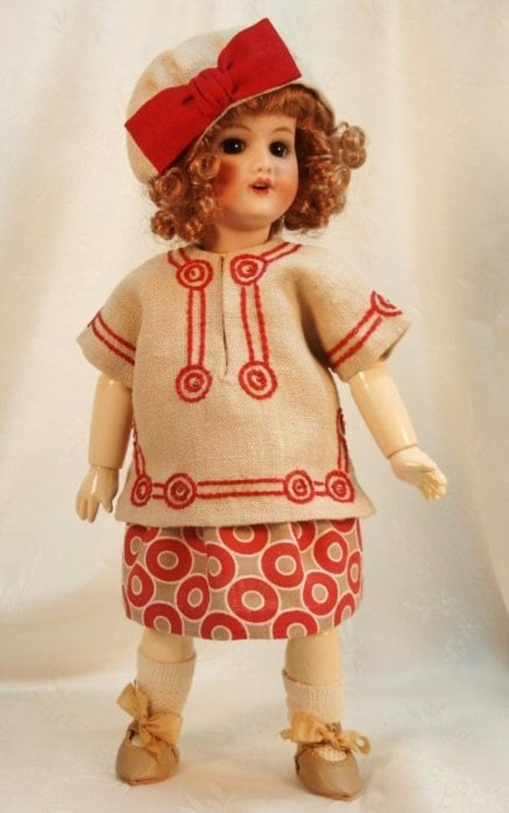 Bleuette pattern for doll clothing - CASAQUE BRODEE 1920 LSDS Embroidered skirt, Blouse and Hat with bow