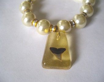 "7"" Yellow Stretch Bracelet with Real Shark Tooth"