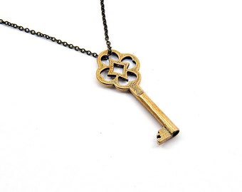 Two for One Sale....Lucky Clover Skeleton Key Necklace GDJ