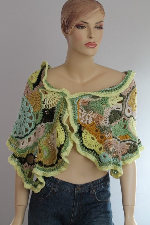 Clover Field /  FREEFORM Crochet Shawl  / Cotton Linen Viscose Capelet