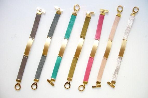 Personalized Name Bracelet. Custom Leather Bracelet.Plate bracelet. Engraved bracelet for her.Bar bracelet.Personalized Leather bracelet