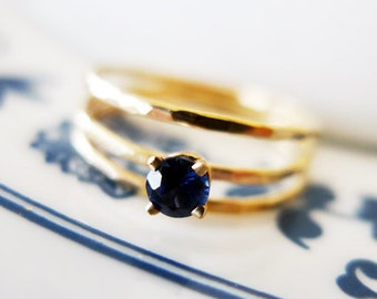 Royalty. Solitaire Blue Sapphire Ring. Hammered 14K Gold And Conflict Free Blue Sapphire. Unique Handmade Gold Ring. Hammered Gold Ring.