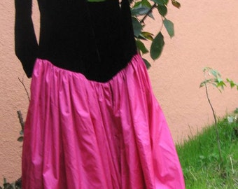 Vtg 80s Magenta Black Velvet Princess Deep-V origami Bow Full Skirt Prom Dress s/m
