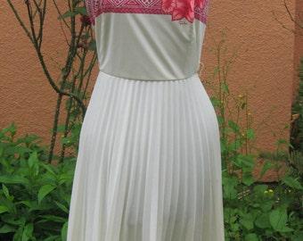 Vtg 60s White SHAHEEN Pink HIBISCUS Aloha Print  Sleeveless Pleated Dress
