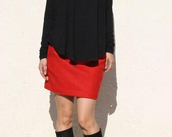 Black Swing Top in Modal, Curved Hem Tshirt, Flare Long Sleeve Tshirt, Loose Top / Handmade Top -Black