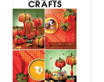 Sew & Make McCall's M5725 SEWING PATTERN - Fall Decor Napkins Placemats Stuffed Pumpkins