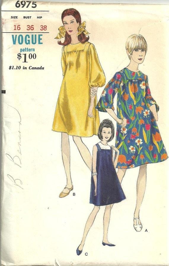 Vintage Vogue 60s Sewing Pattern 6975 Dress Size 16 Bust 36