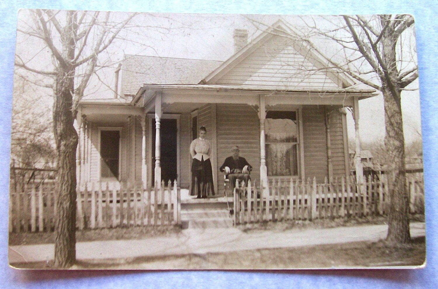 Vintage Photograph Couple On Porch Country House Vintage - Vintage country house