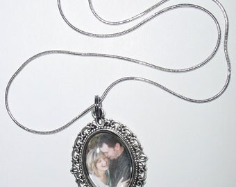 Antique Silver Oval Memorial Pendant Necklace with Photo of Your Choice -  FREE SHIPPING