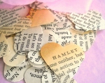 Vintage Shakespeare Heart Confetti / Wedding Decor / 50 Pieces / Table Confetti / Wedding Confetti