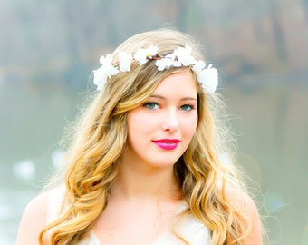 flower hair, bridal flower crown, wedding headpiece, hair accessories, flower girl