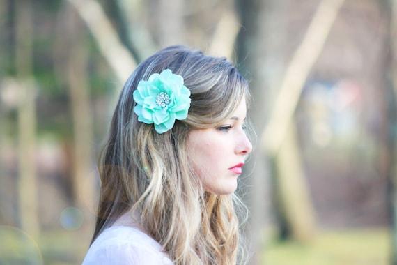 seafoam flower hair clip, mint green hair clip, something blue wedding, bridesmaid hair clip