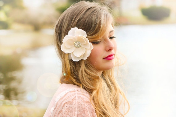 ivory bridal flower, ivory wedding flower, Ivory magnolia wedding flower hair clip