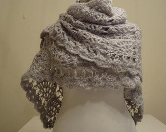 CLEARANCE! Gray Mohair Triangle Trendy Shawl